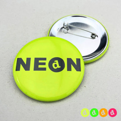 56mm Buttons NEON Nadel