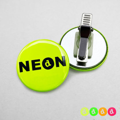 37mm Buttons Clip NEON
