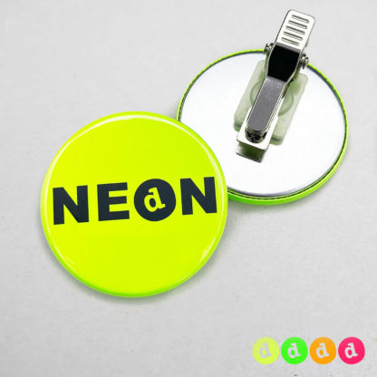 44mm Buttons Clip NEON