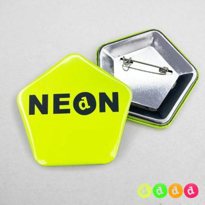 60x58mm Buttons Nadel (Fünfeck) Neon