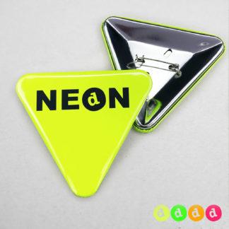 70x63mm Buttons mit Nadel (Dreieck) Neon