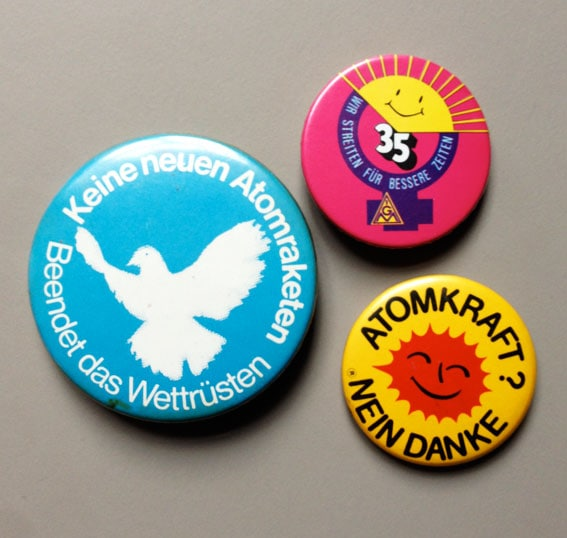 Protest-Buttons